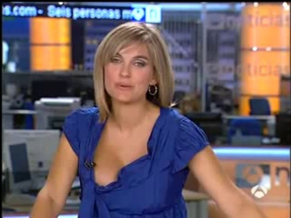 Spider-Man Cnn newscasters upskirt slips while helping
