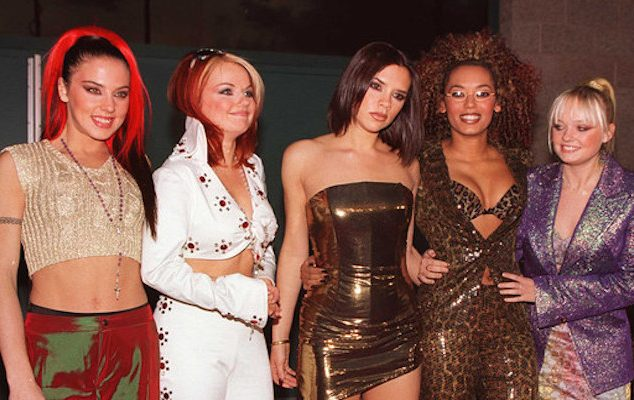 25 Must-See Celeb Outfits From The 90s